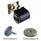 Loqueteau compact avec contre-plaque série Z (à gauche) et série W (à droite)